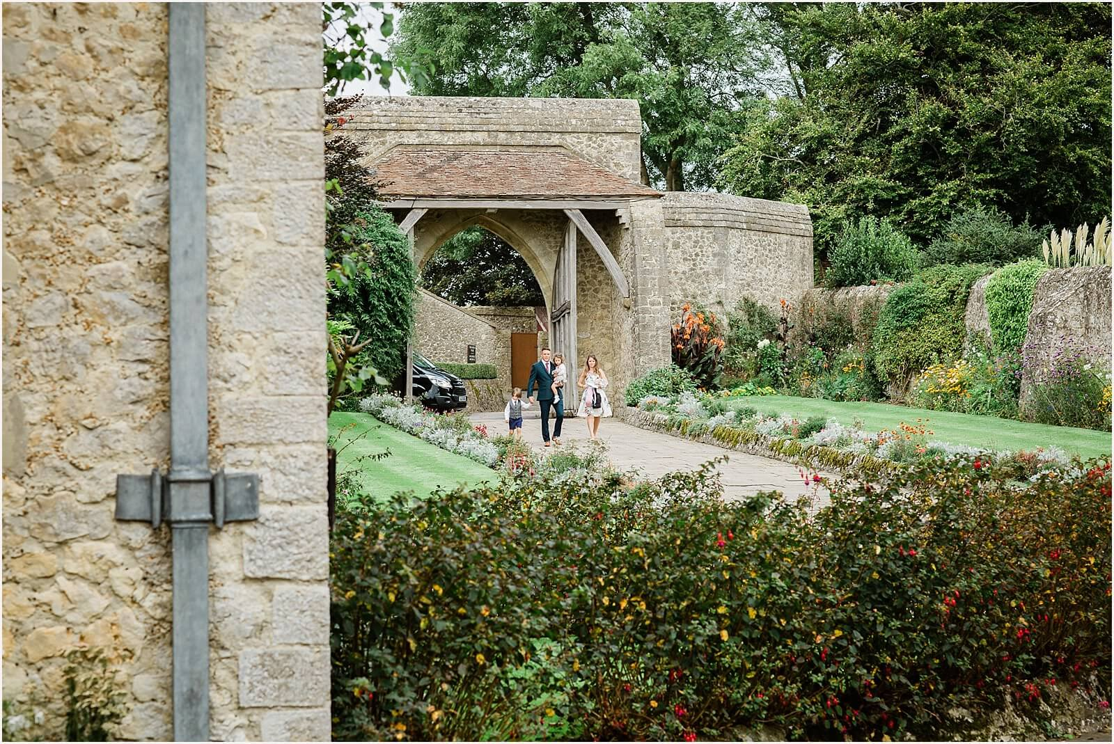 Lympne Castle Wedding | Louise & Rob 18