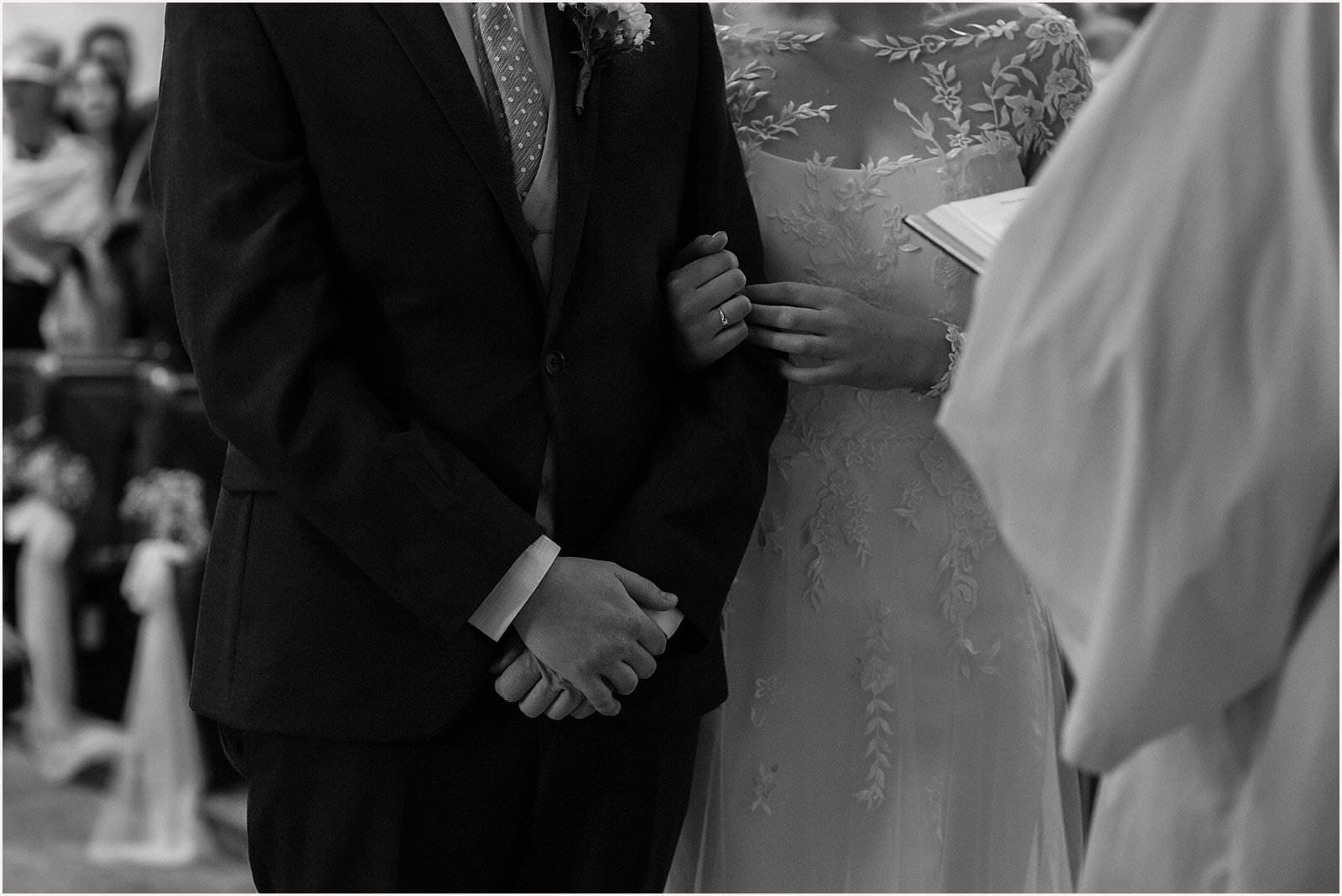 Breathtaking Nunney Castle, Somerset Wedding Photographer  - Sarah & Daniel 28