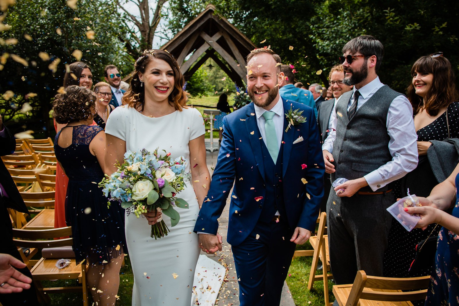 Millbridge Court Wedding - stunning summer wedding - wedding photography 62