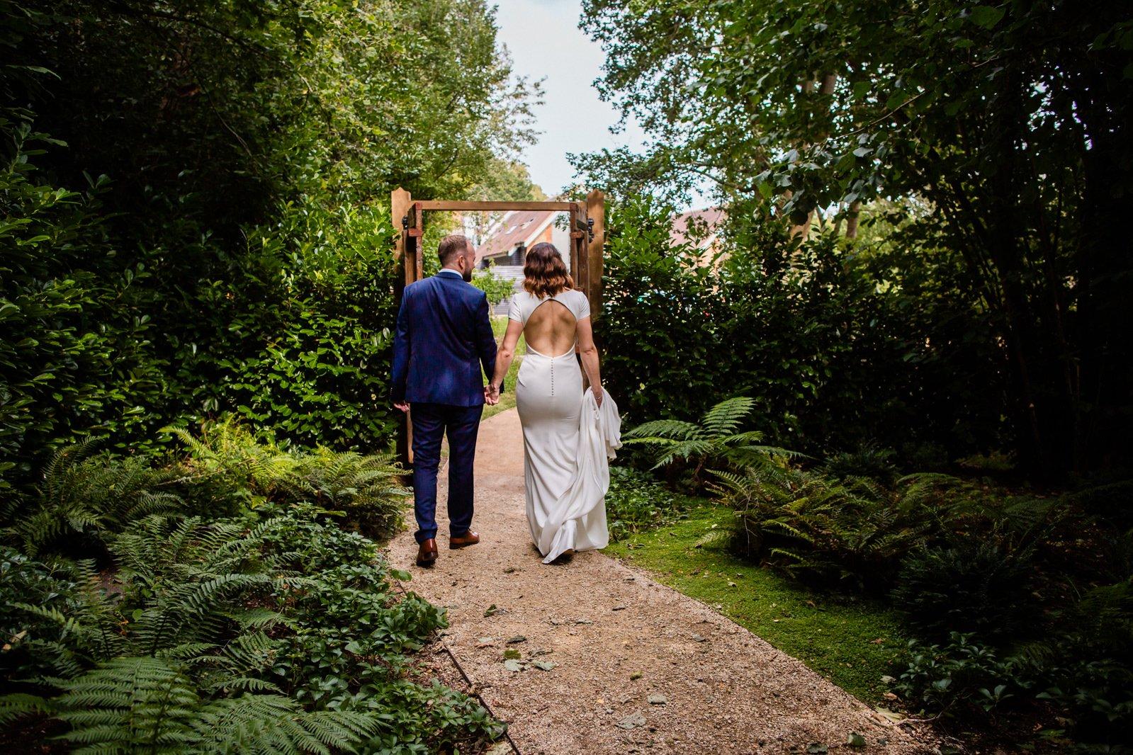 Millbridge Court Wedding - stunning summer wedding - wedding photography 72