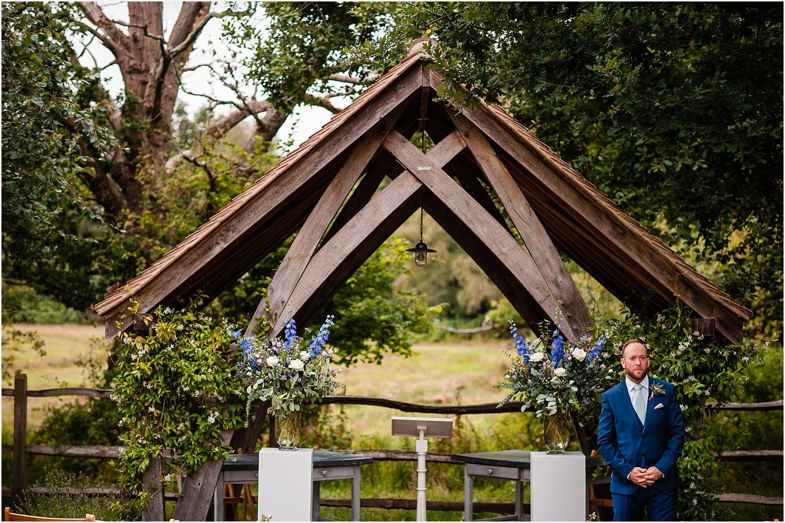 Millbridge Court Wedding - stunning summer wedding - wedding photography 24