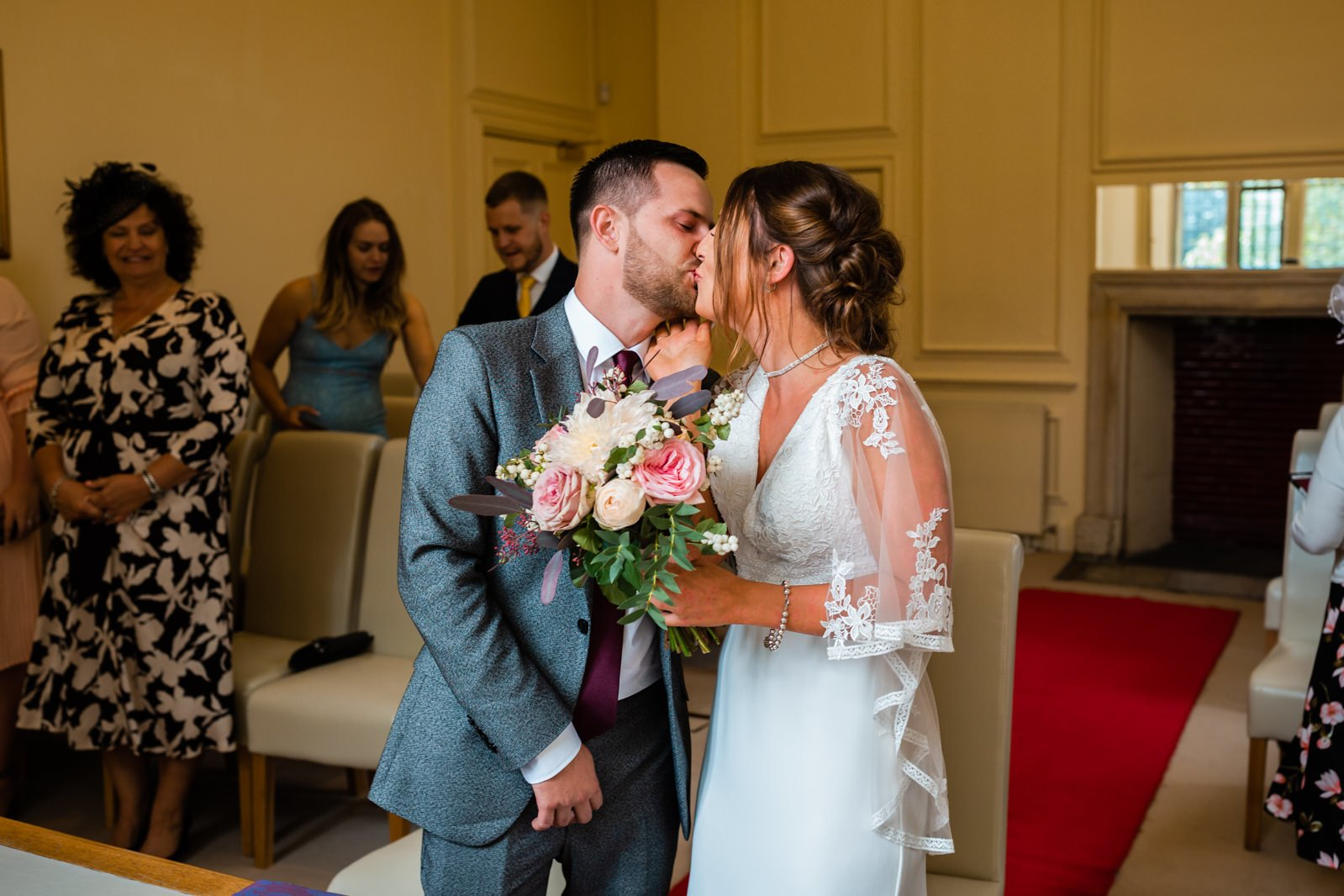 The Elephant Pangbourne Wedding - Stunning Kayleigh & Shane 5