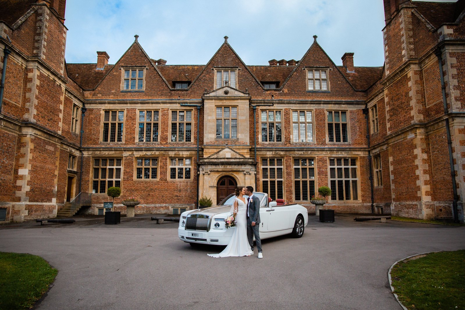 The Elephant Pangbourne Wedding - Stunning Kayleigh & Shane 20