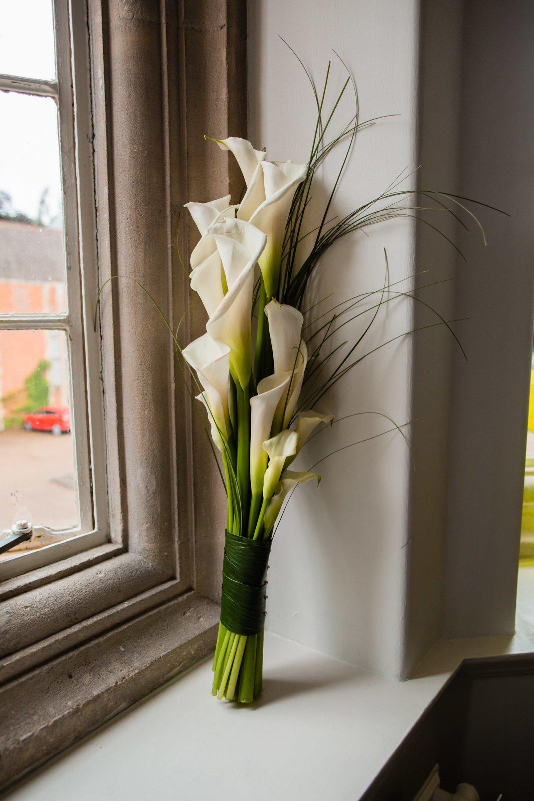 Beautiful Tylney Hall Wedding | Laura & Innes 11
