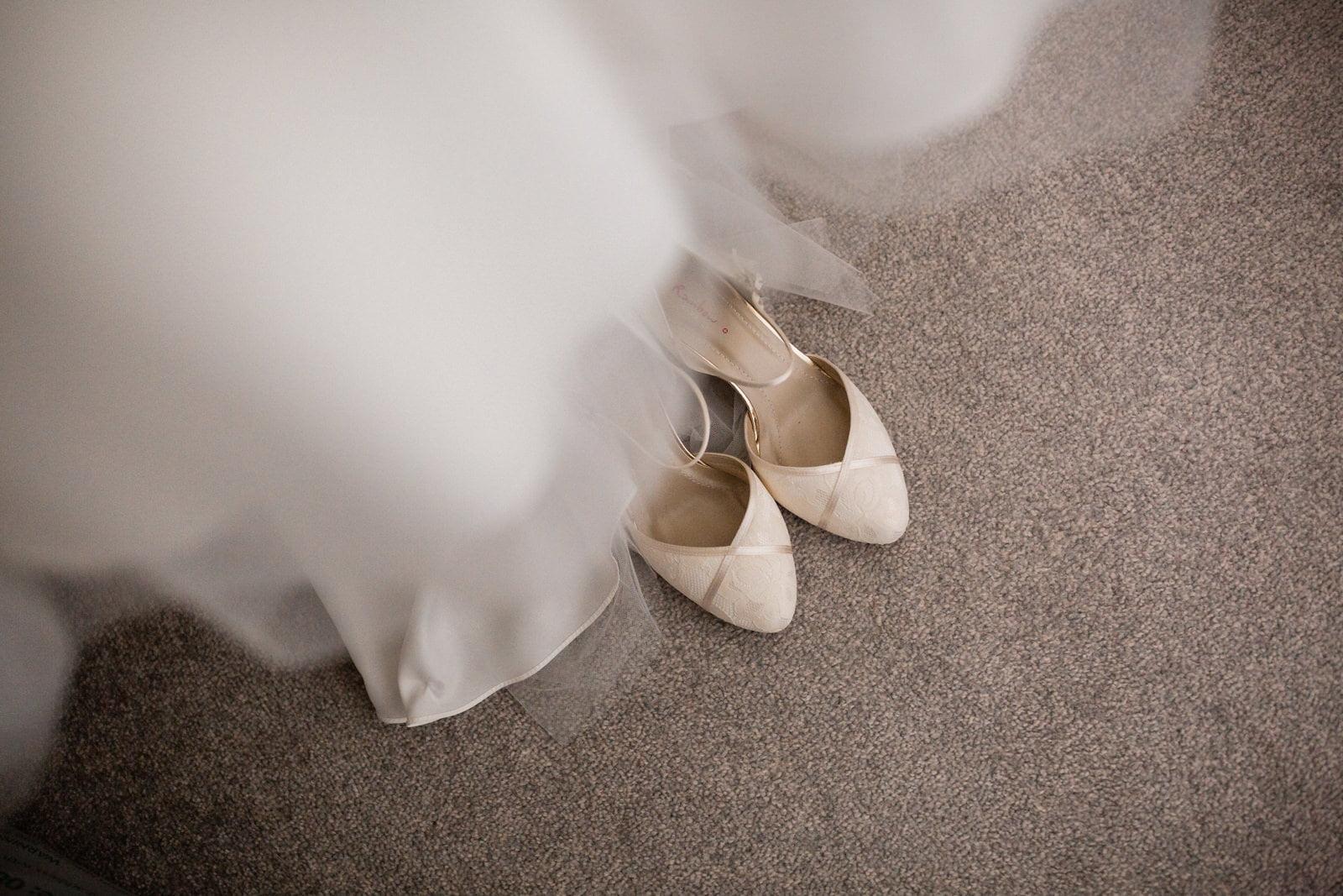 Glamorous Tylney Hall Wedding Photos | Hayley & Stephen 106