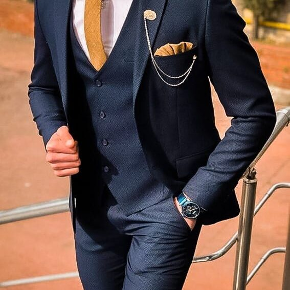 Groom Su5 wedding suit style ideasits for Formal Weddings This category of groom suits contains three wedding suits for men. The Tuxedo, the Tailcoat and the three-piece suit.